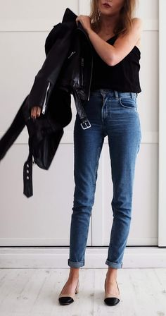 skinny jeans, leather jacket http://www.whatjosiedidnext.com/2017/07/levis-love.html