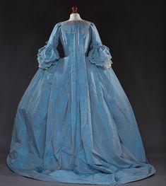 Robe a la francaise Jahrhundert Kostüm Reenactment 18th Century Dress, 18th Century Costume, 18th Century Clothing, 18th Century Fashion, Mode Old School, Studios, Old School Fashion, Pink Corset, Unique Costumes