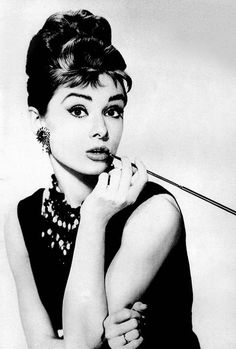 promotional - breakfast-at-tiffanys Photo Audrey Hepburn