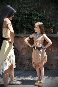 Adorable little girl and her hero. Aw love that she chose Pocahontas!