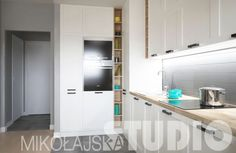Otwarte półki w zabudowie kuchennej - nowy trend - meble kuchenne - Kuchenny.com.pl