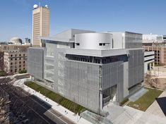 Massachusetts Institute of Technology, The Media Lab Complex Location: Massachusetts, United States Completion Date: 2009 Building Type: Research Laboratories Total Floor Area: 163,000 sf