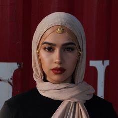 Likes, 26 Comments – Muslimah Apparel Things ( on I… - hijab ideas Hijab Turban Style, Mode Turban, Hijab Chic, Top Fashion, Fashion Beauty, Fashion Outfits, Beau Hijab, Hijab Mode Inspiration, Hijab Style Tutorial