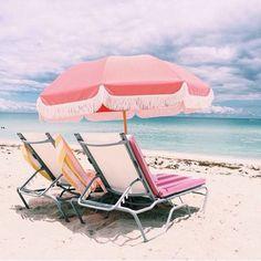 beach vibes//