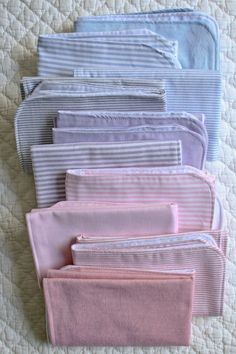 As all of you more experienced moms know, it's not the adorable dresses or precious quilts or hand knit sweaters that you actually need. No, the real must-haves are more mundane. Things like diapers, onesies, and burp cloths. This last item came as a complete surprise to me. Turns out, this whole baby thing is a bit messier than I had imagined! Having stocked up on more linen bloomers than burp cloths, I found myself seriously empty handed! Luckily, just around the time I made this…