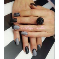 #uñas #nails #acrilicnails #uñasacrilicas #uñasbarcelona #nailsaddict #nailswag #uñasdecoradas #barcelona #instagood #instanails #thuya #ampimullor #nailsaddict #matt #mattefecttopcoat @ampimullor.nailsbeauty by ampimullor.nailsbeauty