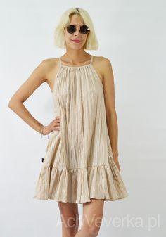Sukienka z gniecionego materiału LaLu AchVeverka.pl #nudedress #dress #beżowasukienka #sukienka #lalu #sukienkanaramiączka #sukienkazfalbanką