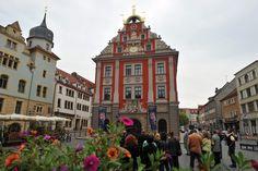 Gotha - die Residenzstadt mit Schloss Friedenstein. Places To See, Places Ive Been, Hotels, Tourist Information, Big Ben, Roots, Medieval, Highlights, Castle