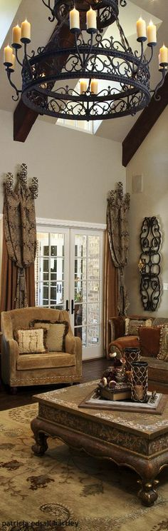 Mediterranean/Tuscan/Old World Decor Tuscan Style Homes, Tuscan House, Tuscan Decorating, Interior Decorating, Interior Design, Tuscany Decor, World Decor, Tuscan Design, Mediterranean Decor