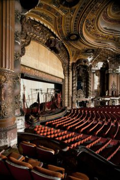 abandoned theatres of North America