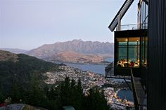 Stratosfare Restaurant & Bar, Queenstown: See 1,297 unbiased reviews of Stratosfare Restaurant & Bar, rated 4 of 5 on TripAdvisor and ranked #34 of 227 restaurants in Queenstown.