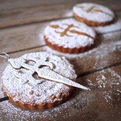Jednodušší a v Galícii rozhodně i rozšířenější varianta mandlového koláče Tarta de Santiago. Na rozdíl od varianty s křehkým těstem ...