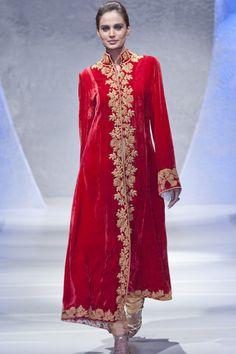 Maheen Khan at Pakistan Fashion Week London 2012 Day 2