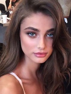 Model Taylor Marie Hill, gorge makeup, brows Model Taylor Marie Hill, Schluchtmake-up, Brauen Beauty Make-up, Beauty Hacks, Hair Beauty, Flawless Beauty, Taylor Marie Hill, Taylor Hill Hair, Skin Makeup, Glow Makeup, Pretty Face