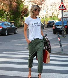 "269 curtidas, 24 comentários - Se mettre en valeur #Carole (@yourstylebycarole) no Instagram: ""Street style @gittabanko"""