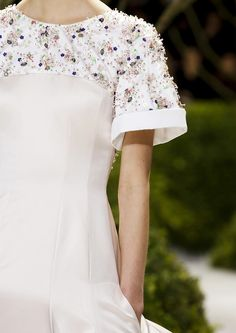 Close at Christian Dior Haute Couture Spring/Summer 2013.