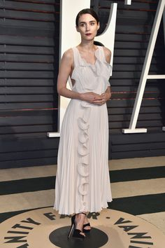 Rooney Mara in  H&M Concious Exclussive attends the Vanity Fair Oscars Afterparty 2017