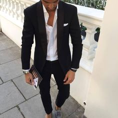 Shared by Anjelika. Find images and videos about fashion, style and man on We Heart It - the app to get lost in what you love. Blazer Outfits, Casual Outfits, Black Suit Men, Smart Casual Menswear, Mens Fashion Suits, Men's Fashion, Professional Attire, Suit And Tie, Gentleman Style