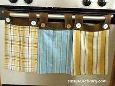 Dish Towel that Stays Put Tutorial at: http://www.sassysanctuary.com/2010/03/dish-towels-that-stay-put.html