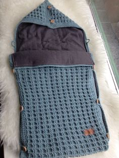 Baby sleeping bag for stroller:Button Knitted Crochet Winter Warm Blanket. Crochet Baby Cocoon, Crochet Baby Toys, Crochet Baby Clothes, Crochet For Kids, Baby Knitting, Manta Crochet, Knit Crochet, Kids Sleeping Bags, Crochet Backpack
