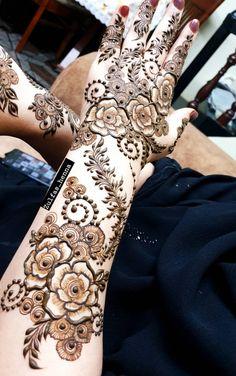 Khafif Mehndi Design, Floral Henna Designs, Mehndi Designs Feet, Stylish Mehndi Designs, Mehndi Designs 2018, Mehndi Design Pictures, Mehndi Designs For Girls, Mehndi Designs For Beginners, Beautiful Mehndi Design