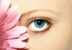 Seven Tips On How To Easily Apply False Eyelashes Professionally