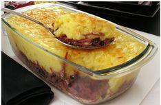 Que tal diferenciar seu almoço e seu jantar com essa deliciosa receita de Escondidinho de Aipim com Carne Seca, super deliciosa.