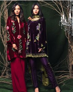 To say YES or NO to velvet - For this winter occasions Velvet Pakistani Dress, Pakistani Formal Dresses, Pakistani Wedding Outfits, Pakistani Dress Design, Indian Dresses, Indian Outfits, Frock Fashion, Fashion Dresses, Indian Designer Outfits