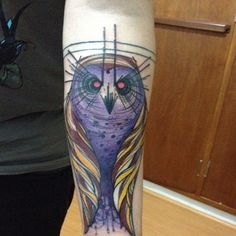My abstract owl, made @ Tattoo You, São Paulo, SP, Brazil    http://www.tattooyou.com.br