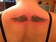 my wings tattoo..love it <3