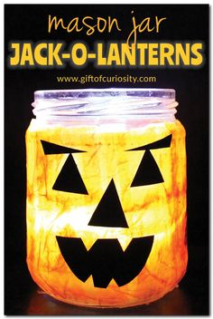 This DIY mason jar jack-o-lantern craft is fun for kids and grownups alike. See how easy it is to make your own mason jar jack-o-lantern for Halloween! #Halloween #jackolantern #craftykids || Gift of Curiosity