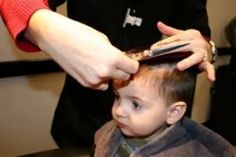 Smart Haircut Styles For Your Cute Baby Boy Baby boys with classic haircut add more cuteness in their childish personality. Here are the different types of haircuts which suit your child's face. Cute Baby Boy, Cute Babies, Baby Boys, Smart Haircut, Kids Hair Salon, What Kind Of Man, Classic Haircut, Baby Boy Haircuts, Presents For Kids