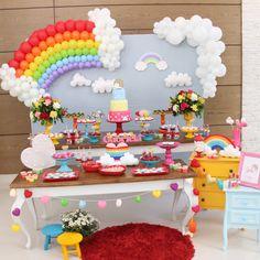Love Rain Decor - Over 50 Ideas - - Colorful Birthday Party, 5th Birthday Party Ideas, Unicorn Birthday Parties, Unicorn Party, Baby Birthday, Rainbow Party Decorations, Birthday Party Decorations, Baby Party, First Birthdays