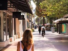 For a unique Miami experience, step one block outside the doors of The Ritz-Carlton, South Beach onto the famous Lincoln Road, home of fantastic shopping, eating, and people-watching.
