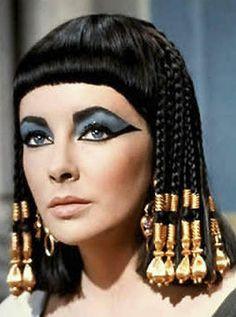 Elizabeth Taylor as Cleopatra. 1960.