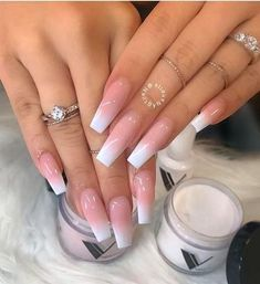 French Fade Nail Designs are one of the most popular nail shapes for women. French Fade Nails, also called French ombre Nails or baby boomer nails, combine the classic French tip with an ombre-style gradient to create a bright, mixed appearance. French Fade Nails, Faded Nails, My Nails, Matte Nails, Polish Nails, Long French Tip Nails, Matte Lipsticks, Ombre French Nails, Grunge Nails