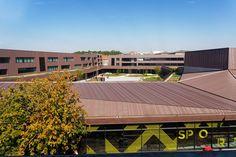 穆兰初级中学 + 残疾人体育馆 http://www.gooood.hk/moulins-lower-secondary-school-and-disabled-sports-complex-by-chartier-dalix-architecturs.htm