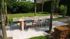 OP zoek naar een houten tuintafel op maat? Strak, robuust of een landelijke uitstraling? Houtsmederij, voor uw handgemaakte houten tafel op maat.