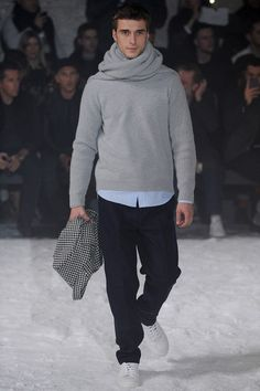 See the complete Ami Fall 2014 Menswear collection.