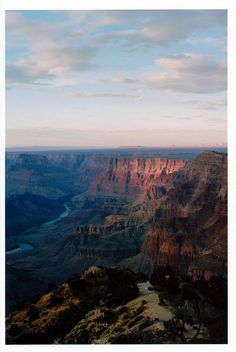 10bullets:      Grand Canyon by MR. Youth on Flickr.