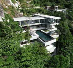 Beautiful house in Thailand - great levels!