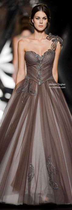 Mireille Dagher Fall Winter 2013-14 Haute Couture / don't love the color but the shape is fantastic!