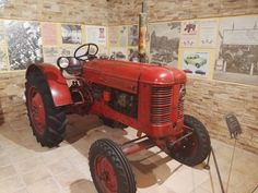 Museo Sala Team - Tractor Volvo T-22