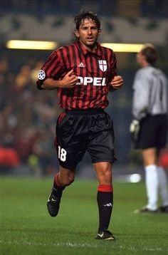 Leonardo - Flamengo, Sao Paulo, Valencia, Kashima Antlers, Paris Saint-Germain, AC Milan, Brazil.