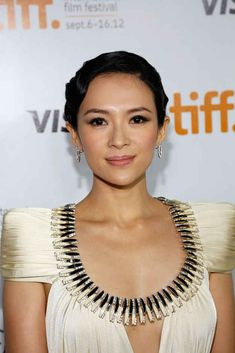 Chinese actress Zhang Ziyi has been in the entertainment circle for 11 years, but swears the reason why she hasn't aged is thanks to strong ...