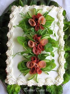 Orange cake without flour - HQ Recipes Sandwich Torte, Mozarella, Salad Cake, Food Carving, Food Garnishes, Swedish Recipes, Tea Sandwiches, Snacks Für Party, Food Platters