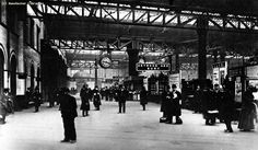 Down the decades: See how Manchester's Victoria Station has changed since the - Manchester Evening News Manchester Library, London Manchester, Manchester England, Old Pictures, Old Photos, Rochdale, Salford, London Photos, Vintage Postcards
