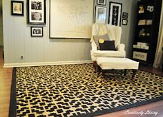 Painted rug how-to! Perfect for my Entry Hall rug idea.