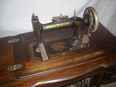 New Home 1912 Treadle Sewing Machine I have this machine