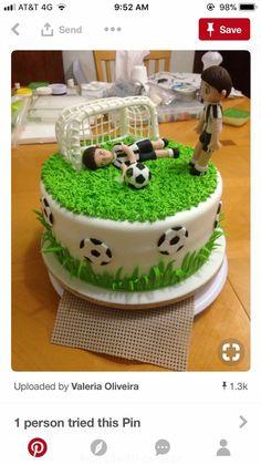Soccer Birthday Cakes, Soccer Cakes, Soccer Party, Fondant Cakes, Cupcake Cakes, Rodjendanske Torte, Sport Cakes, Homemade Birthday Cakes, Cake Decorating Techniques